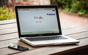 Come trovare le vecchie pagine dei siti con Google