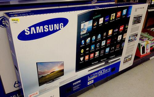 Le smart TV possono spiarci? (Guide)