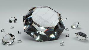 """<span class=""""entry-title-primary"""">Domini .diamonds: dove e come registrarli</span> <span class=""""entry-subtitle"""">Un TLD particolarmente indicato per le gioiellerie</span>"""