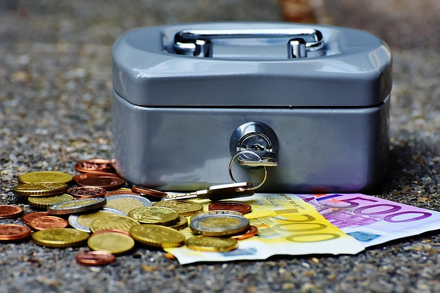 Se acquisti una di queste estensioni, paghi un extra all'ICANN ogni anno (News)