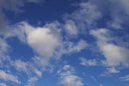 Cos'è il public cloud (e come può esserti utile) (Guide)
