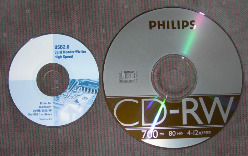 Mini CD/Mini DVD su un Macbook Pro: si possono leggere? (Guide)