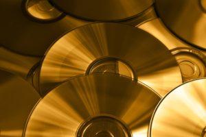 Le vendite di DVD e blu-ray sono dimezzate negli ultimi 5 anni