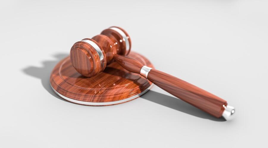 Prenda Law: ufficio legale specializzato in ricatti hard (News)