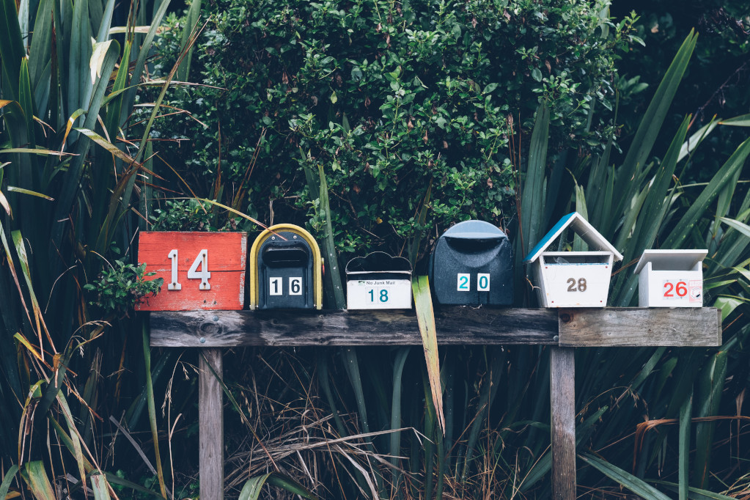 Come funziona l'invio di una mail (Guide, Assistenza Tecnica, Capire PEC e firma digitale)