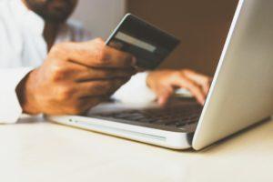 Il numero degli italianiche fanno acquisti su Internet sta crescendo
