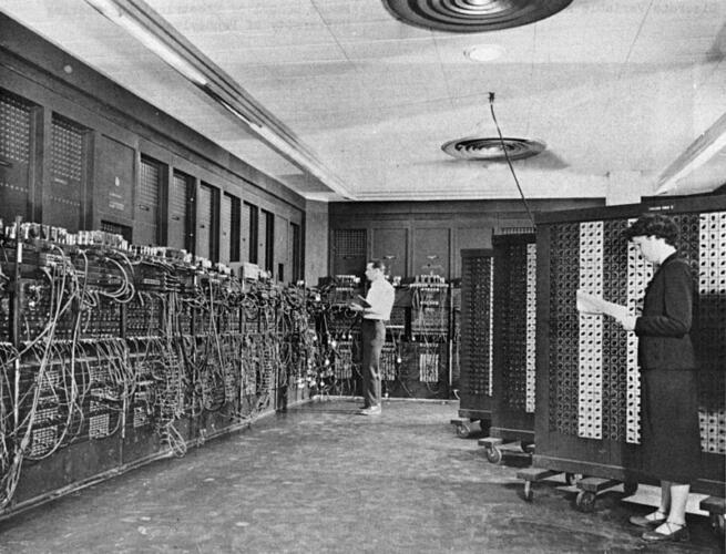 75 anni fa, il primo computer general purpose della storia: ENIAC (News, Fuori dalle righe)