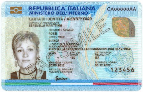 Carta d'identità elettronica: cos'è, come richiederla e cosa farci (Guide, Assistenza Tecnica, PEC e firma digitale)