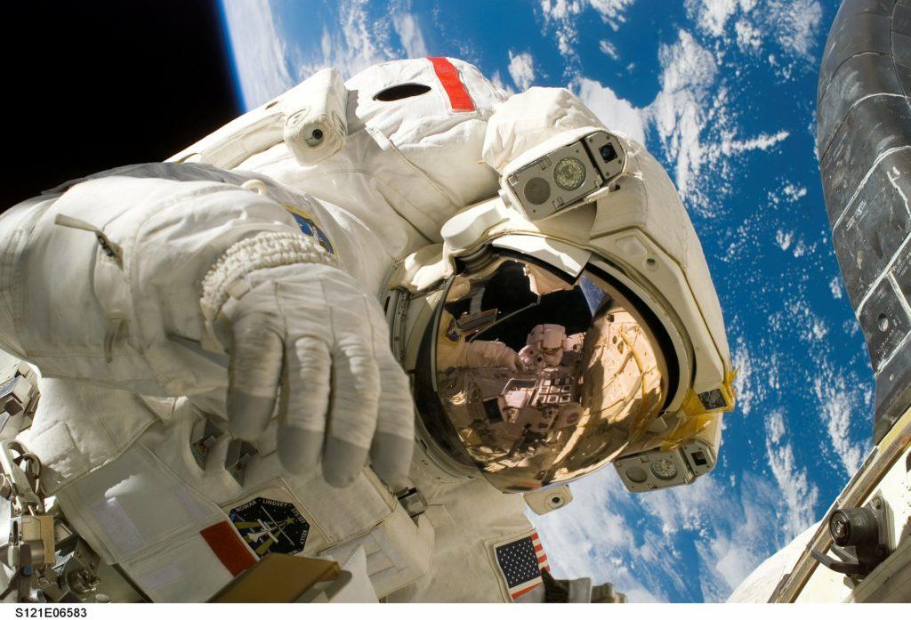 Quanto costano le missioni spaziali? (Guide, Fuori dalle righe)